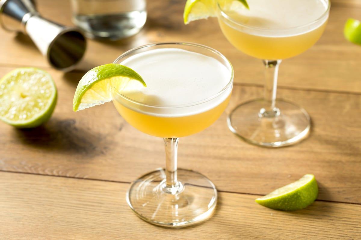 Hausgemachter-gin-gimlet