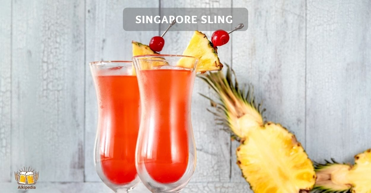 Singapore sling cocktails